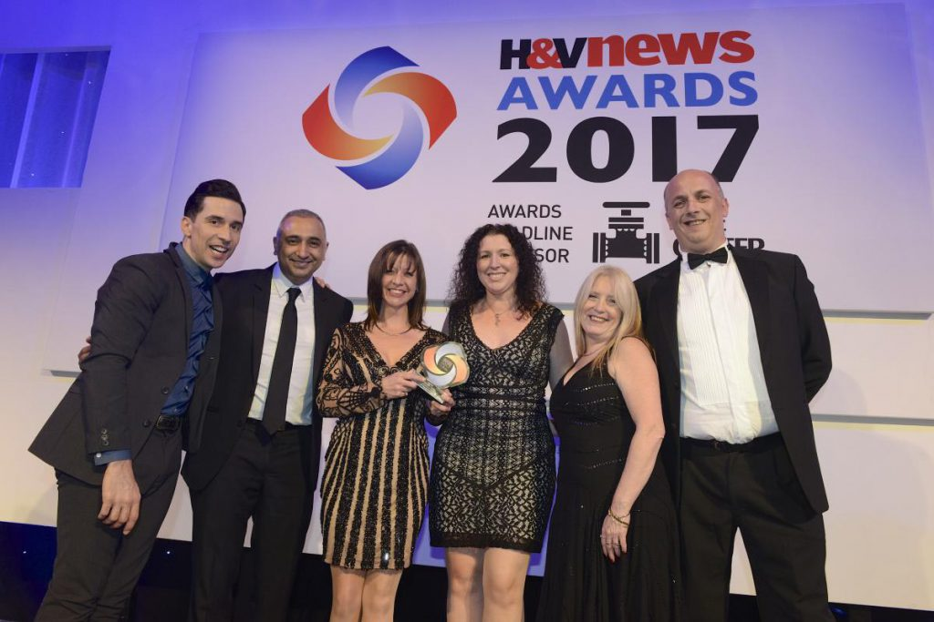 "A.C. Wilgar wins ""Smart installer"" of the year at H&V News Awards 2017 with Sally Wilgar and Russell Kane"